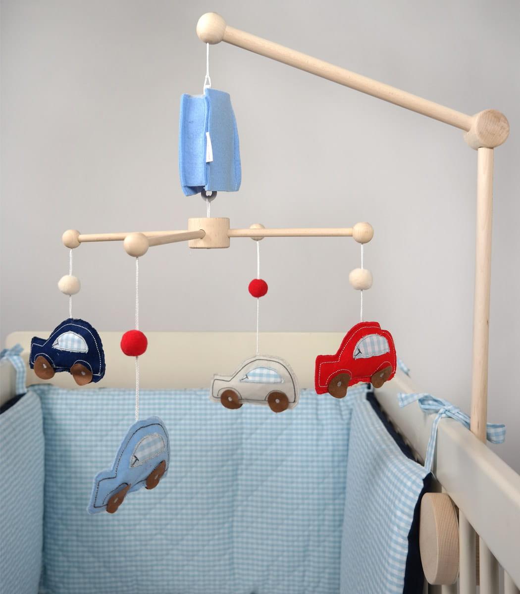 Zabawkowe karuzele wspomagają rozwój dziecka