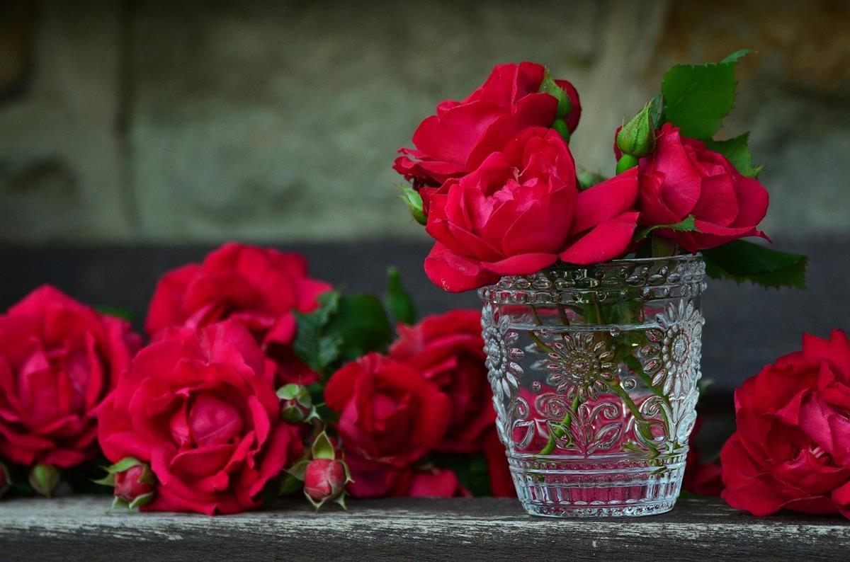Zdecyduj się wysłać kwiaty za pośrednictwem poczty kwiatowej