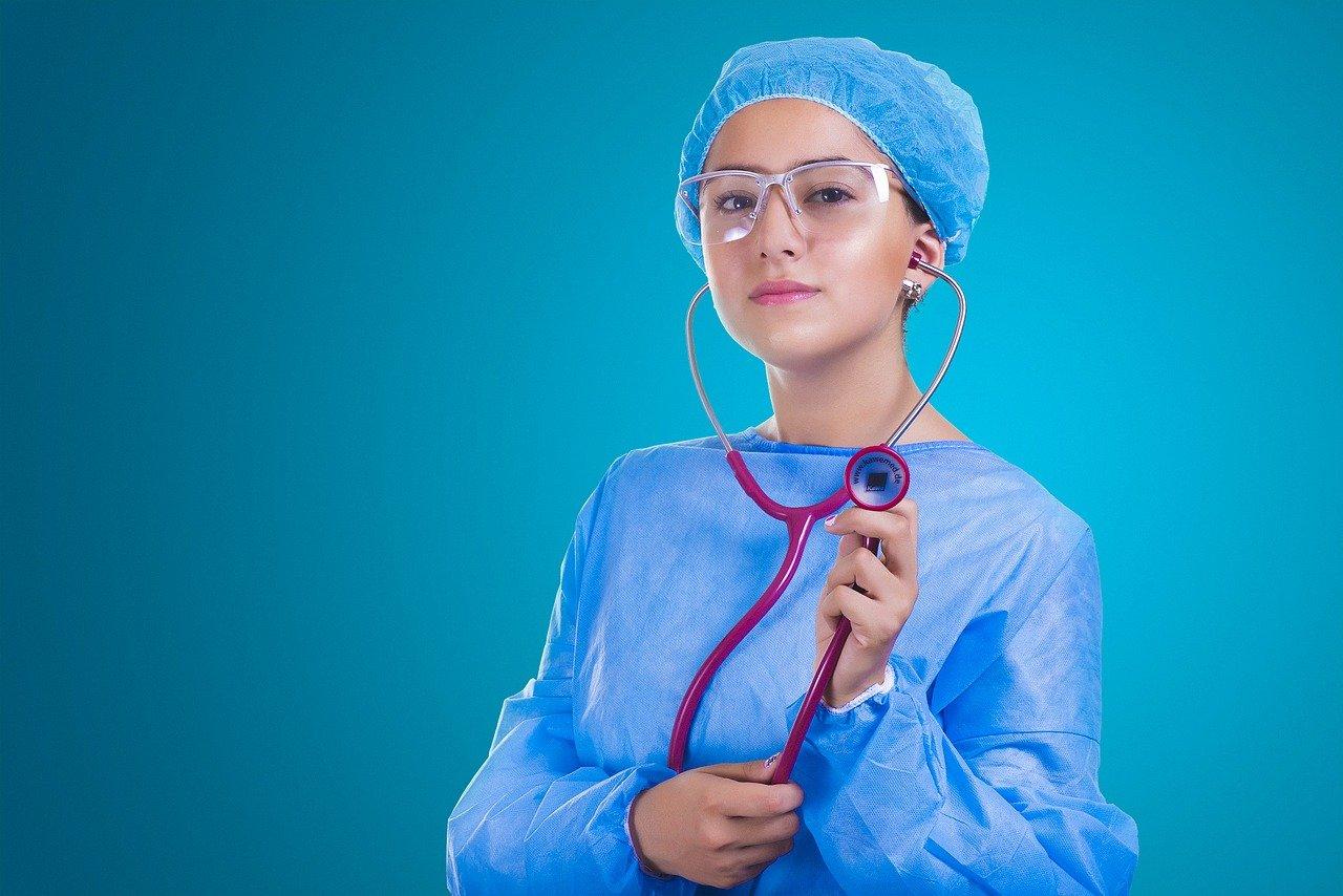 Jakie korzyści mogą wynikać z profesjonalnego audytu placówki medycznej?