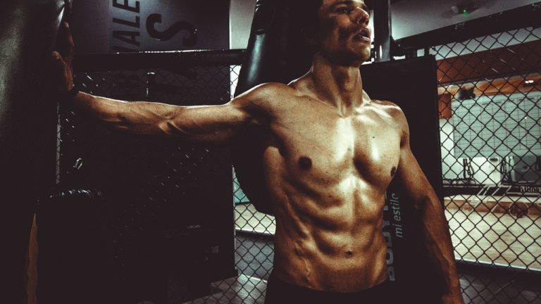 Jak uzyskać najlepsze wyniki w ćwiczeniach siłowych?