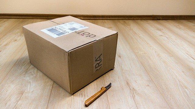 Kto nam pomoże szybko przesłać paczkę?
